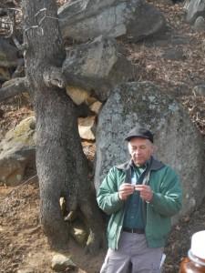 Ron Lance teaching about winter tree identification.
